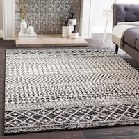 Edie Black & White Bohemian Area Rug 5-ft 3-in x 7-ft 6-in