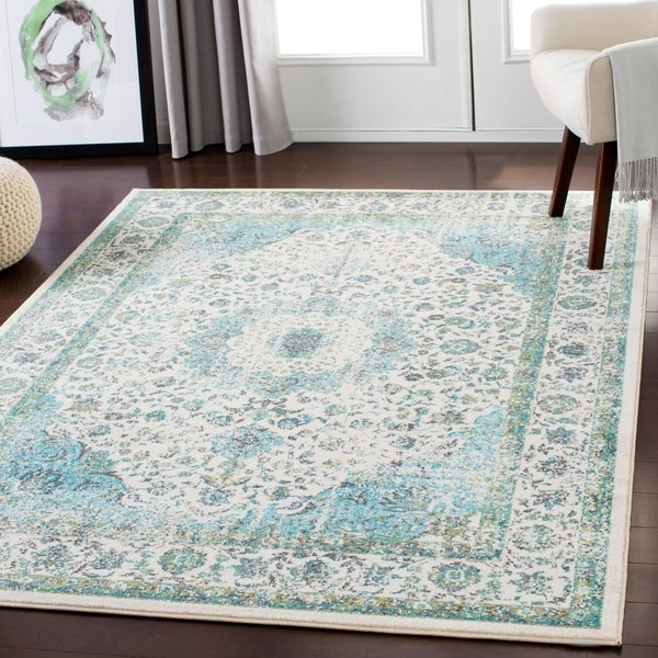 "Lena Light Blue Traditional Area Rug - 3'11"" x 5'7"""