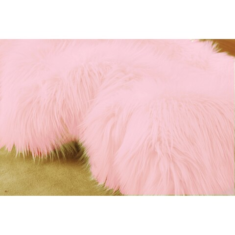 Wild Home Handmade Pink Faux Coyote Fur/Suede Area Rug - 5' x 7'