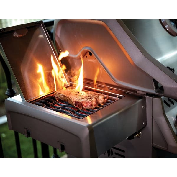 Shop Rogue® 525 Natural Gas Grill with Infrared Side Burner