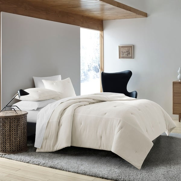Shop Ellen Degeneres Sonoma White Quilt On Sale Free