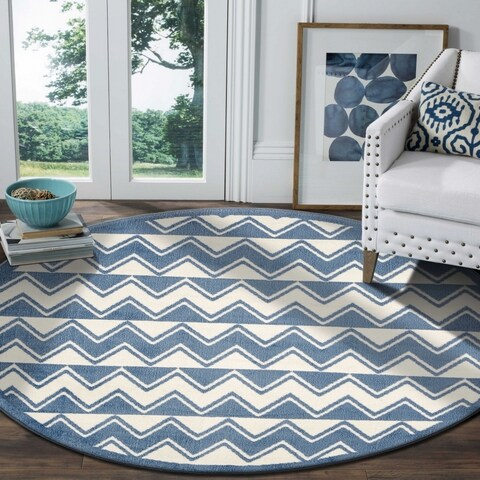 "LR Home Whimsical Chevron White / L. Blue Kids Area Rug ( 4'8"" Round )"
