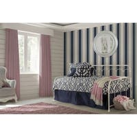 Hillsdale Jocelyn White Metal Daybed with Metal Suspension Deck Included