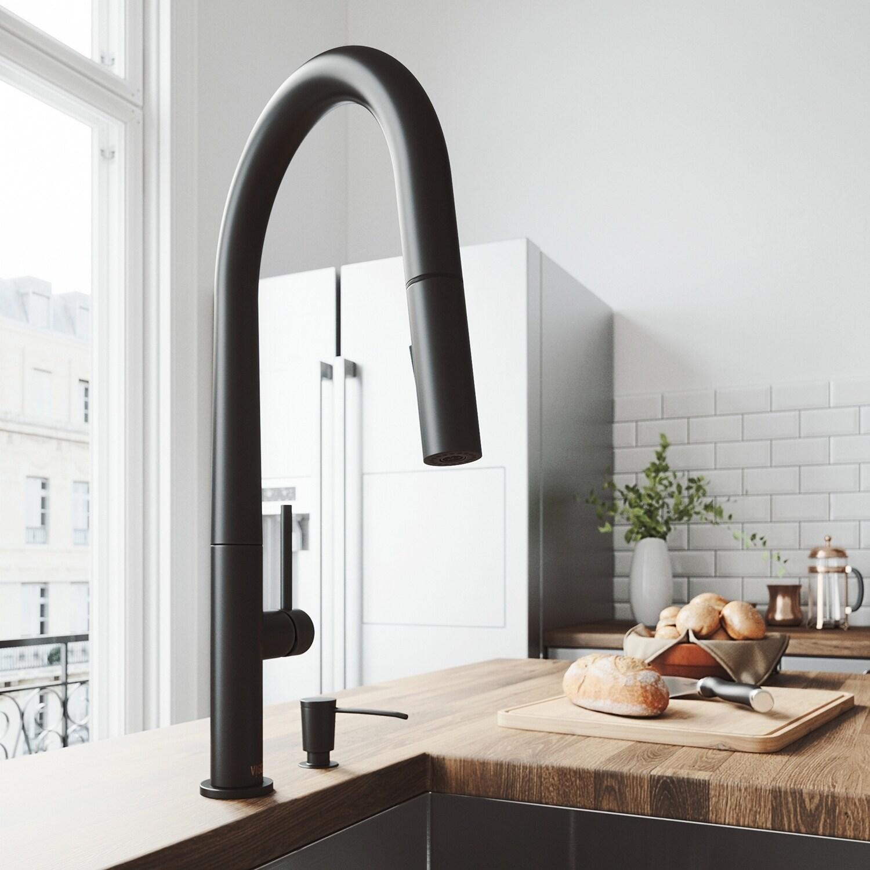 VIGO Greenwich Matte Black Pull-Down Spray Kitchen Faucet