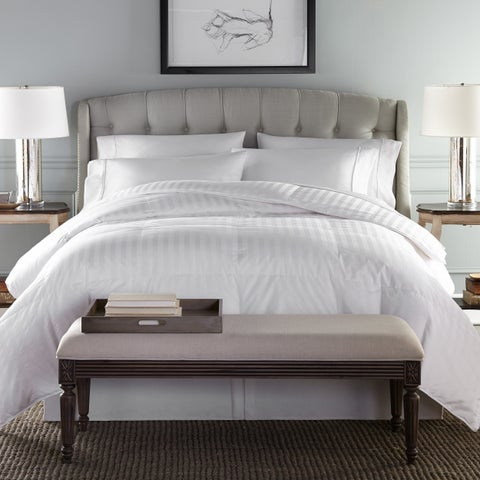 Oversized 500 Thread Count Damask Hypoallergenic Primaloft Comforter