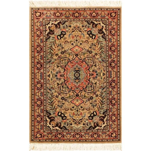 Kashan Pak-Persian Chrissy Lt. Brown/Rose Wool Rug (2'8 x 4'2) - 2 ft. 8 in. x 4 ft. 2 in.