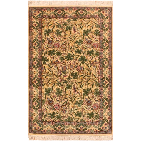 Imran Pak-Persian Chiquita Ivory/Gray Wool Rug (3'2 x 5'1) - 3 ft. 2 in. x 5 ft. 1 in. - 3 ft. 2 in. x 5 ft. 1 in.