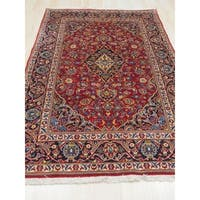 Hand-knotted Wool Red Traditional Oriental Kashan Rug - 4'7 x 6'11