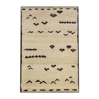 The Curated Nomad Carillo Tribal Ivory/ Brown Area Rug - 5'3' x 7'6'