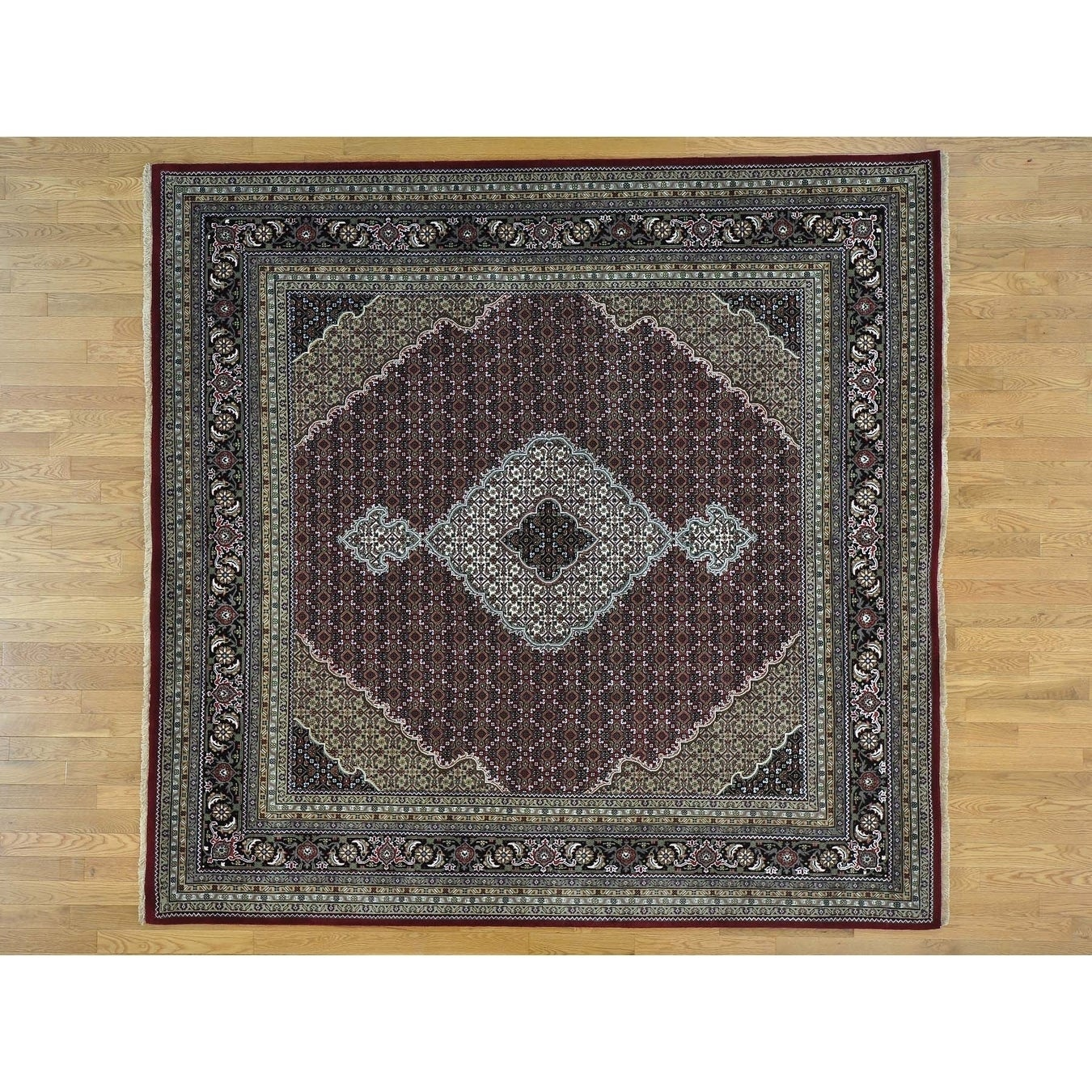 Hand Knotted Red Fine Oriental with Wool & Silk Oriental Rug - 810 x 91