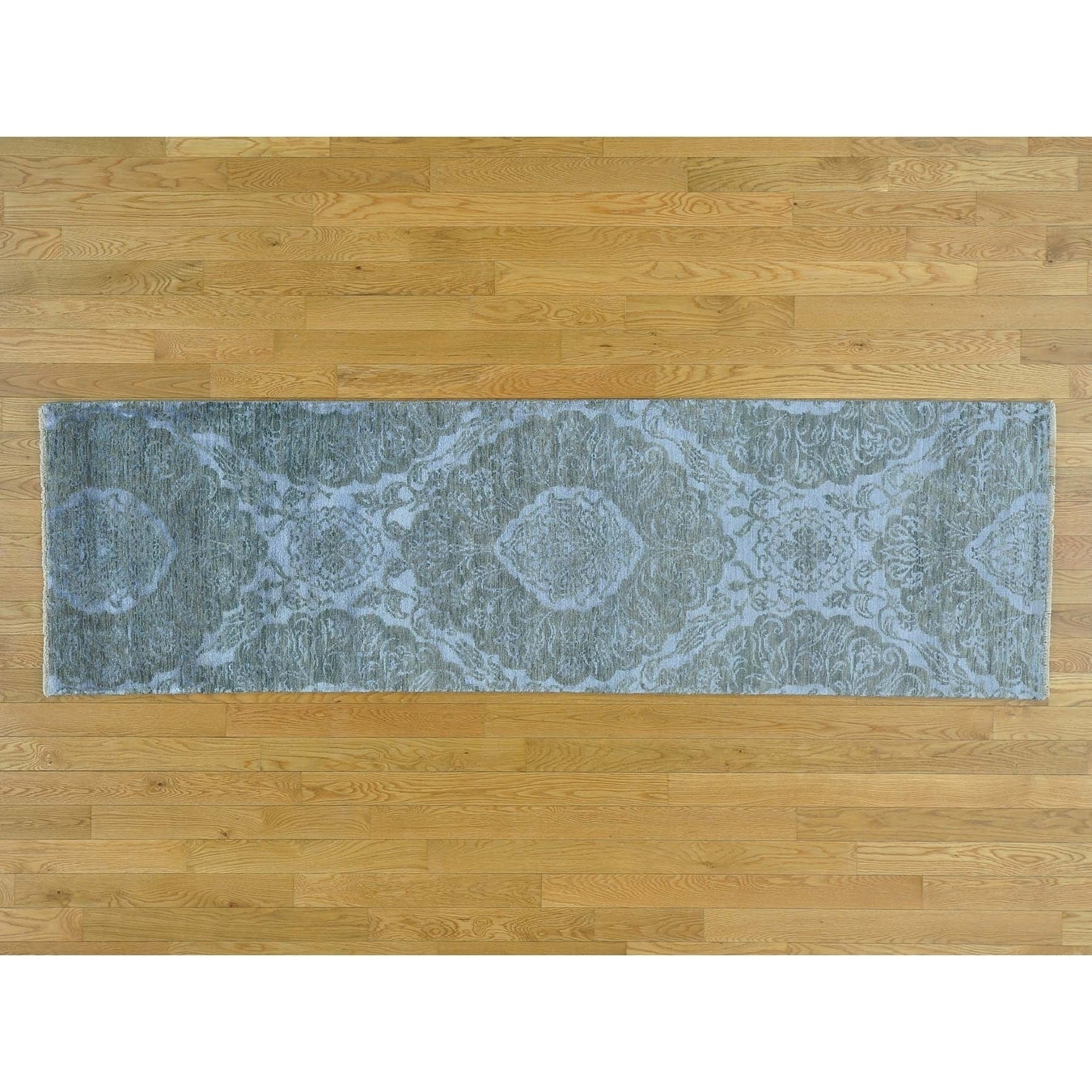Hand Knotted Grey Modern & Contemporary with Wool & Silk Oriental Rug - 24 x 8