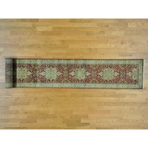 Hand Knotted Red Fine Oriental with New Zealand Wool Oriental Rug