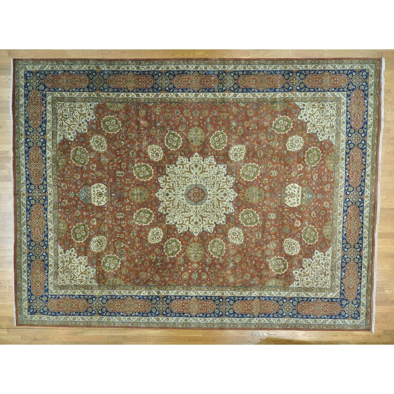 Hand Knotted Red Fine Oriental with Wool Oriental Rug