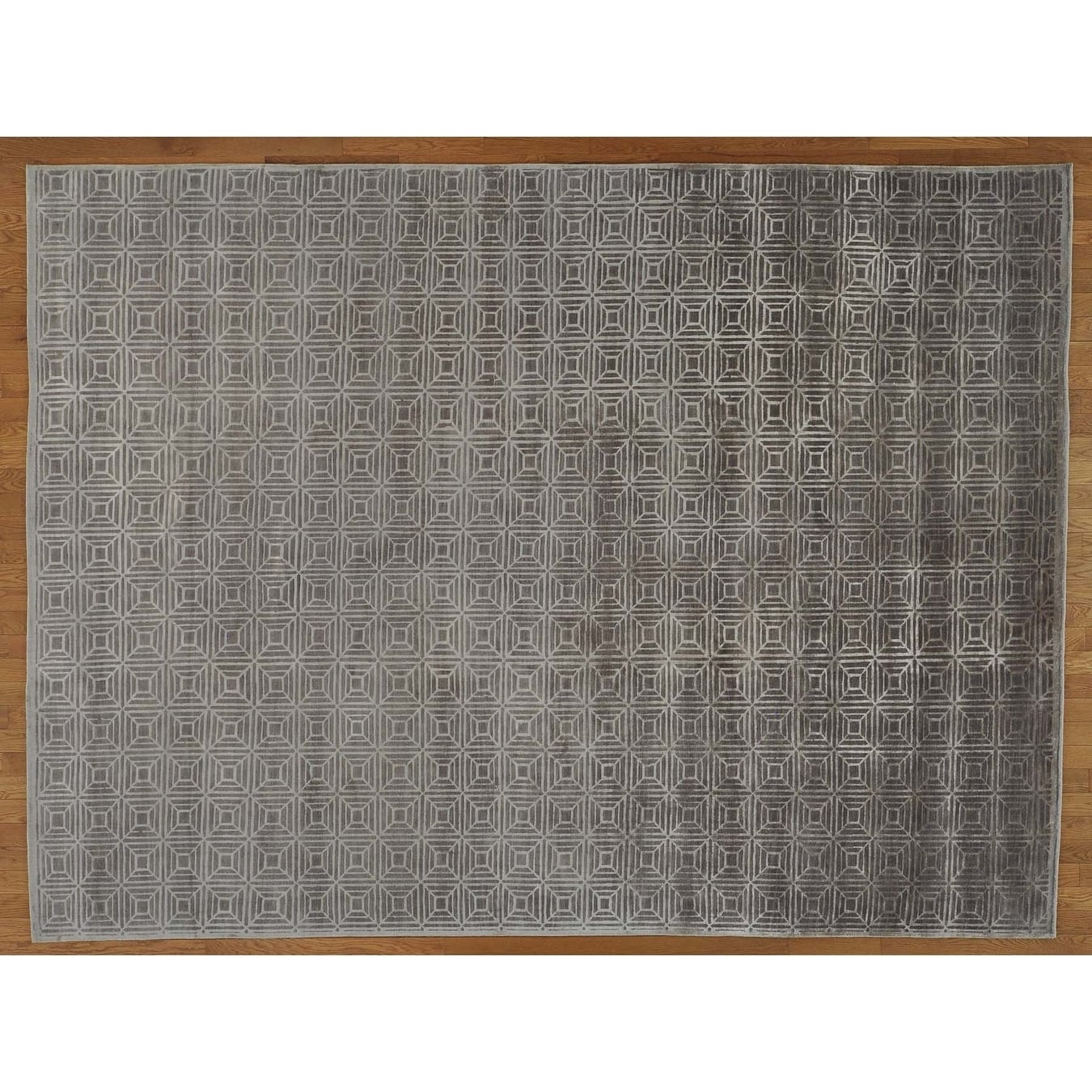 Hand Knotted Grey Modern & Contemporary with Wool & Silk Oriental Rug - 810 x 12