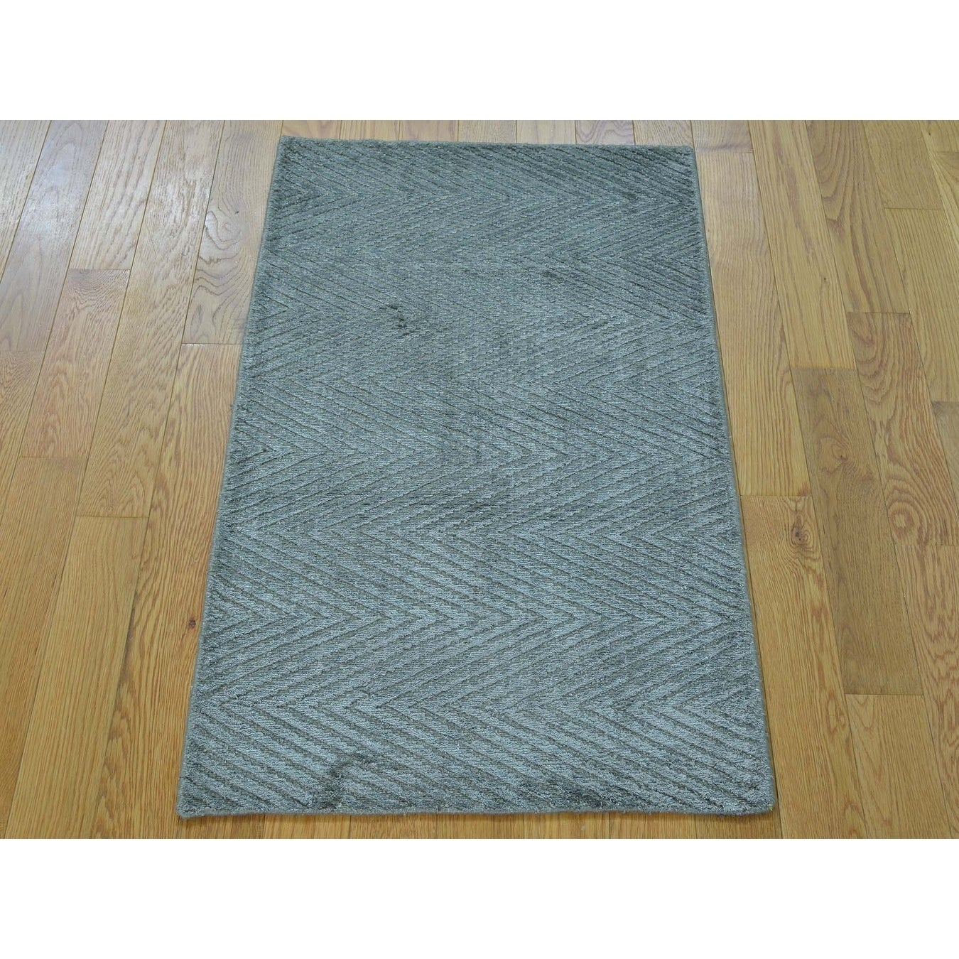 Hand Knotted Grey Modern & Contemporary with Art Silk Oriental Rug - 2 x 31