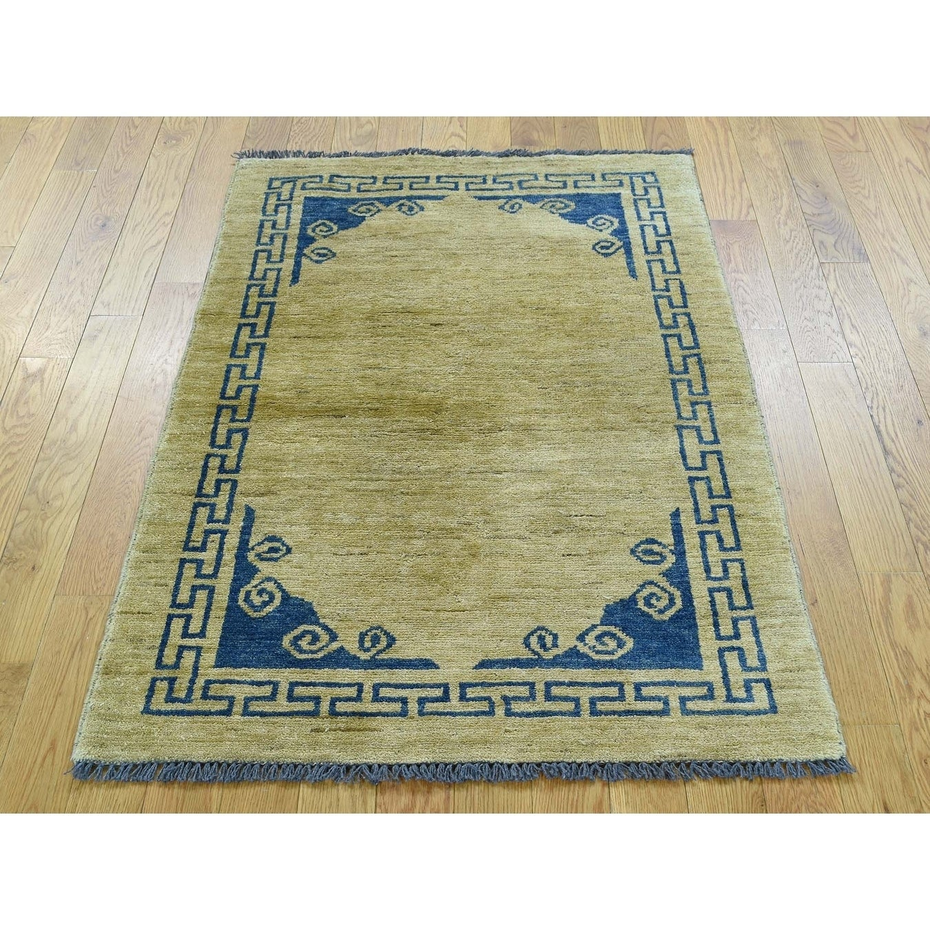 Hand Knotted Beige Clearance with Wool Oriental Rug - 29 x 41