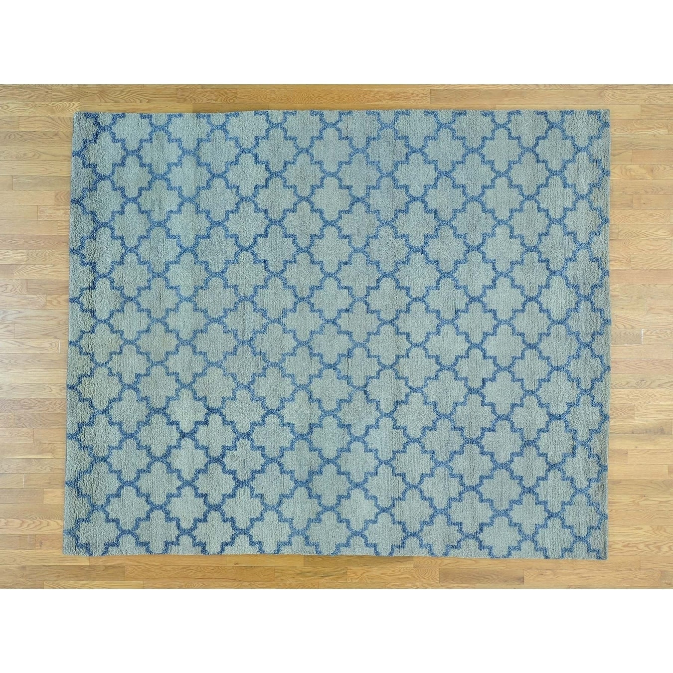 Hand Knotted Blue Clearance with Wool Oriental Rug - 81 x 99