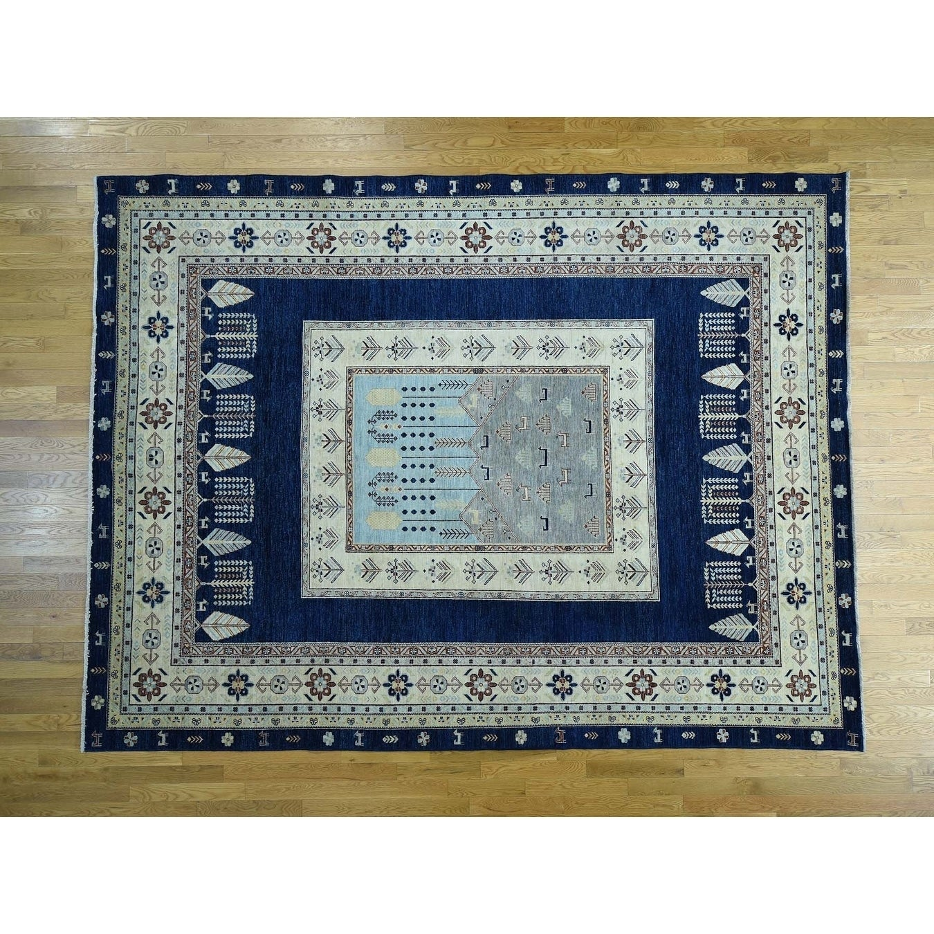 Hand Knotted Blue Arts And Crafts with Wool Oriental Rug - 93 x 122