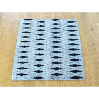 Hand Knotted Grey Modern & Contemporary with Wool & Silk Oriental Rug