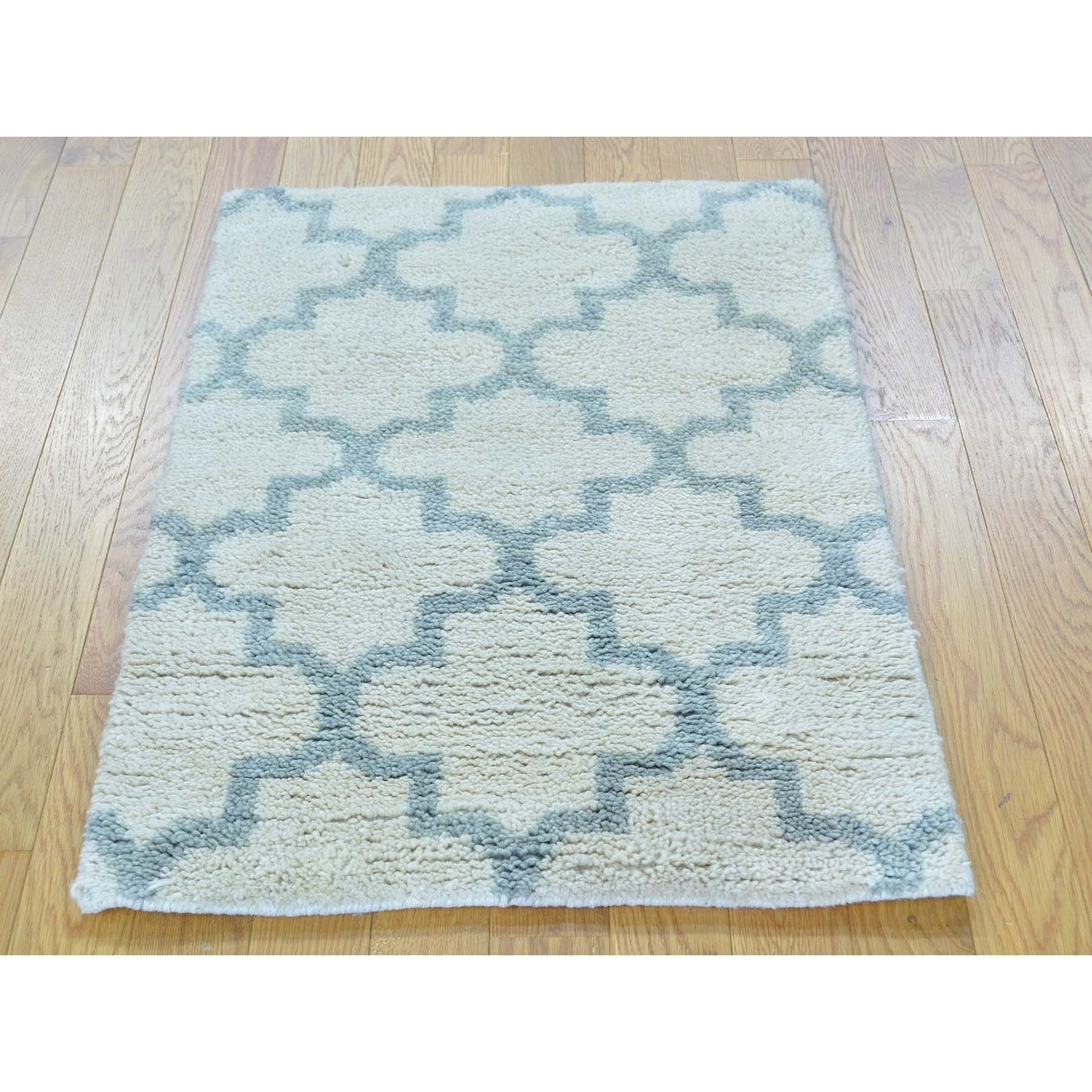 Hand Knotted Ivory Modern & Contemporary with Wool Oriental Rug - 21 x 3
