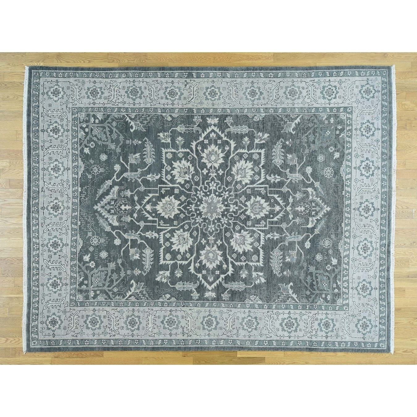 Hand Knotted Grey Heriz with Wool Oriental Rug - 8 x 101