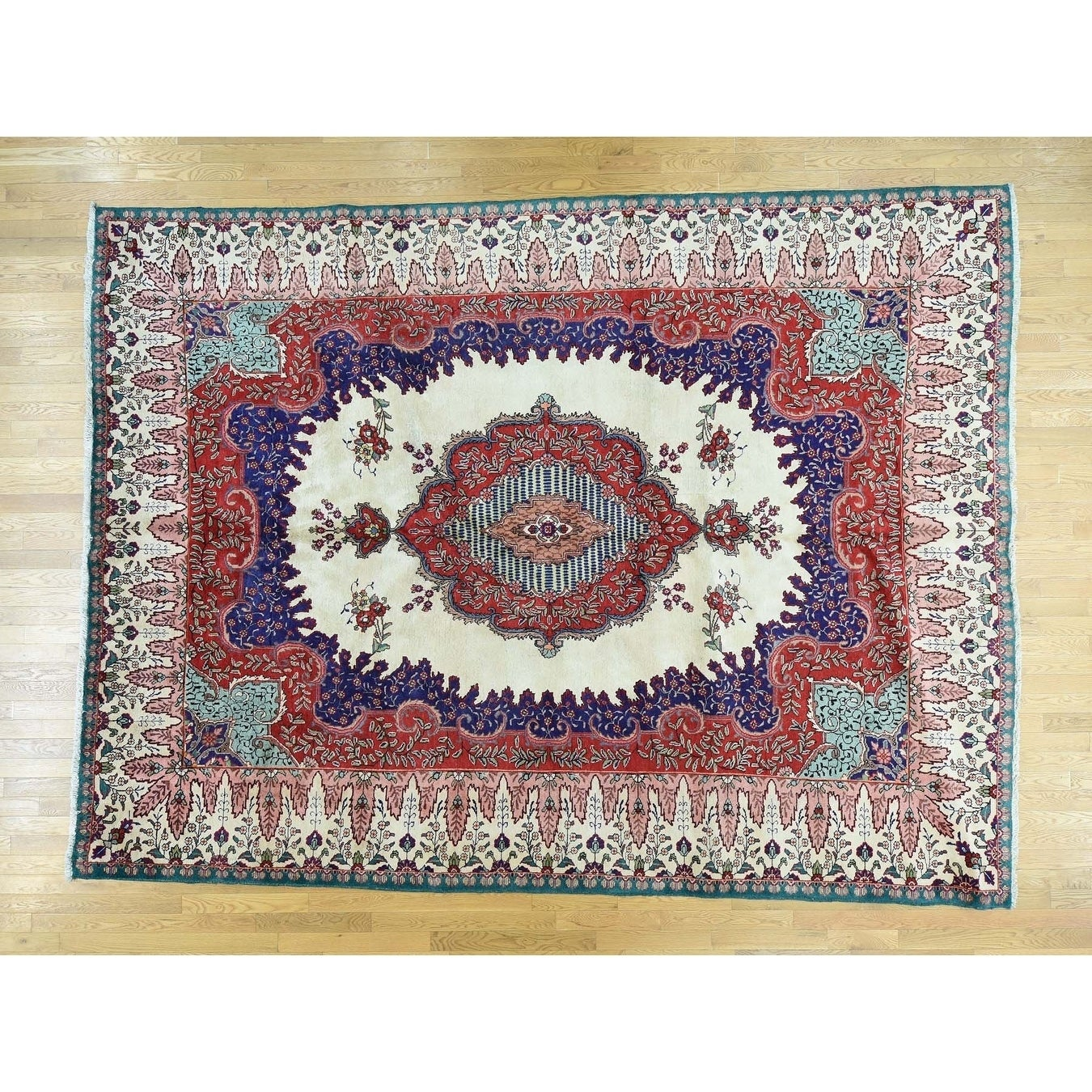Hand Knotted Red Clearance with Wool Oriental Rug - 99 x 135