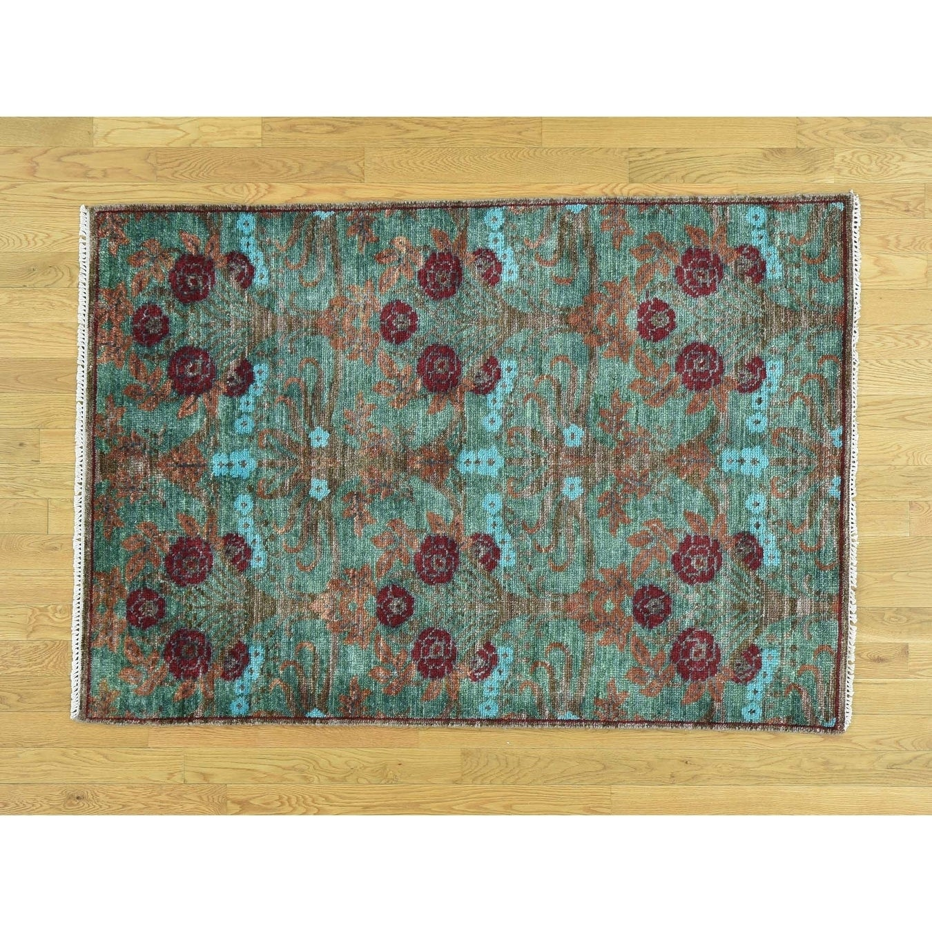 Hand Knotted Green Arts And Crafts with Wool Oriental Rug - 41 x 63