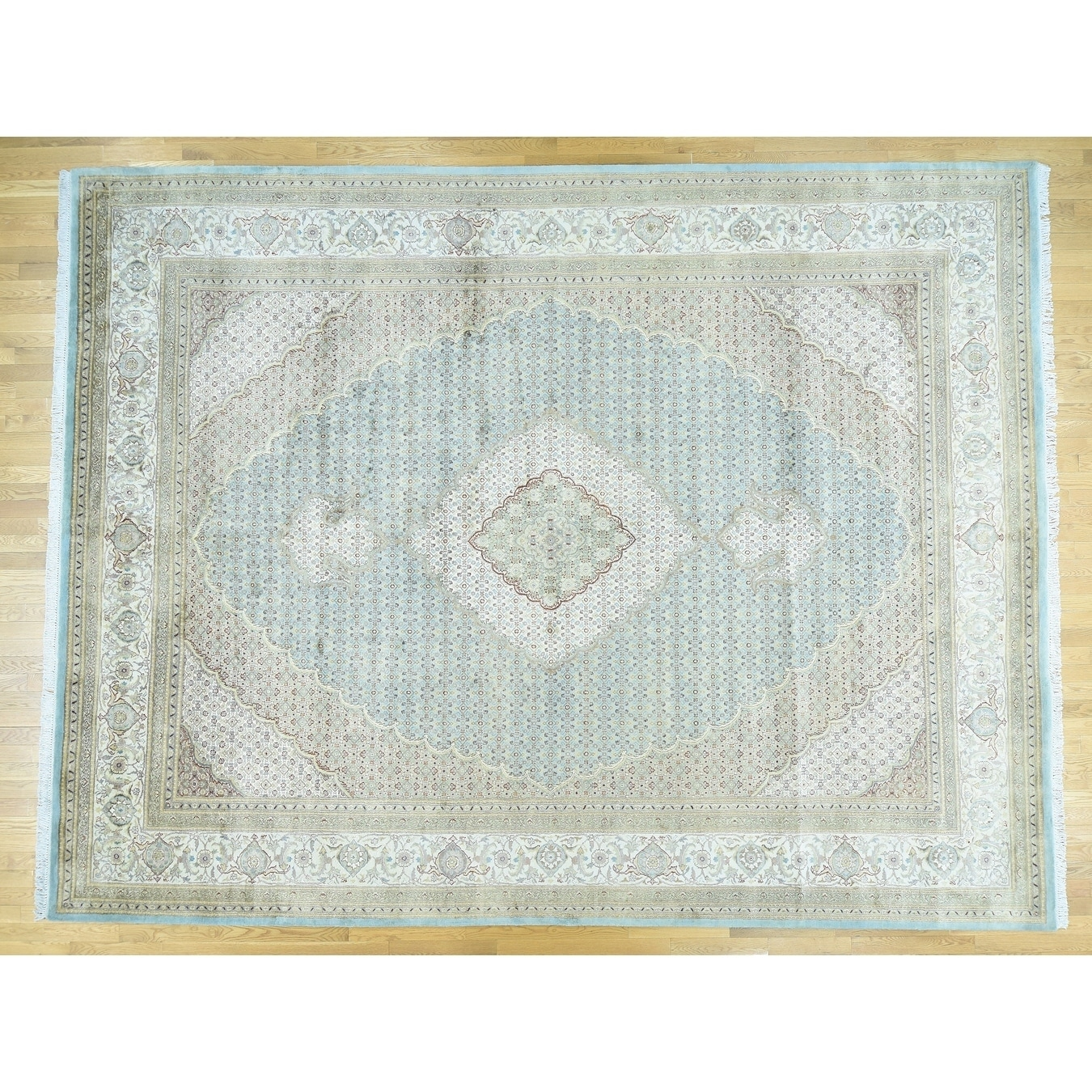 Hand Knotted Blue Fine Oriental with Wool & Silk Oriental Rug