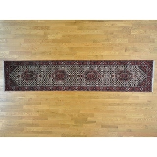 Hand Knotted Ivory Fine Oriental with Wool & Silk Oriental Rug