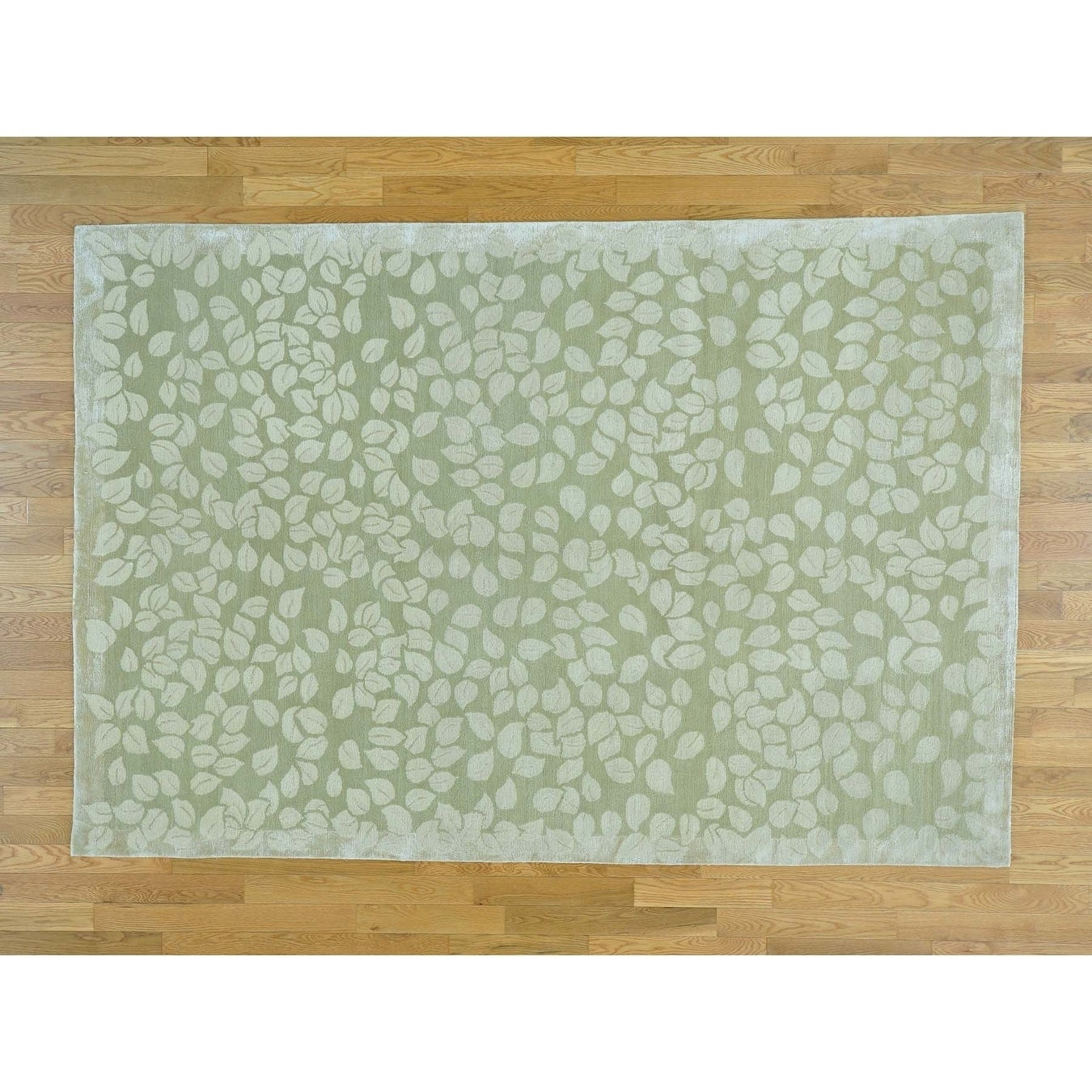 Hand Knotted Beige Clearance with Wool & Silk Oriental Rug - 6 x 9