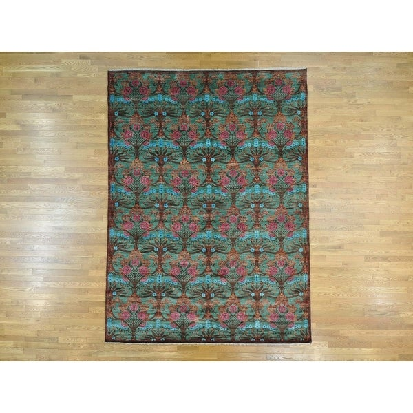 Hand Knotted Green Arts And Crafts with Wool Oriental Rug - 8'10 x 11'10