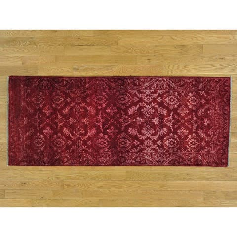 Hand Knotted Red Modern & Contemporary with Wool & Silk Oriental Rug - 2'7 x 6'4 - 2'7 x 6'4