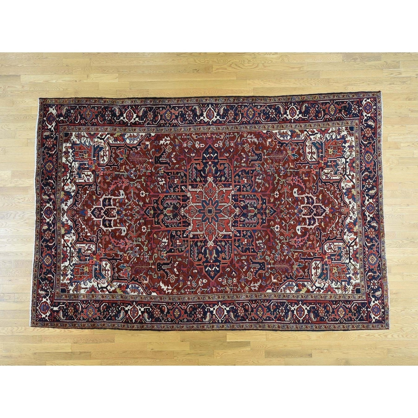 Hand Knotted Red Heriz with Wool Oriental Rug - 79 x 117