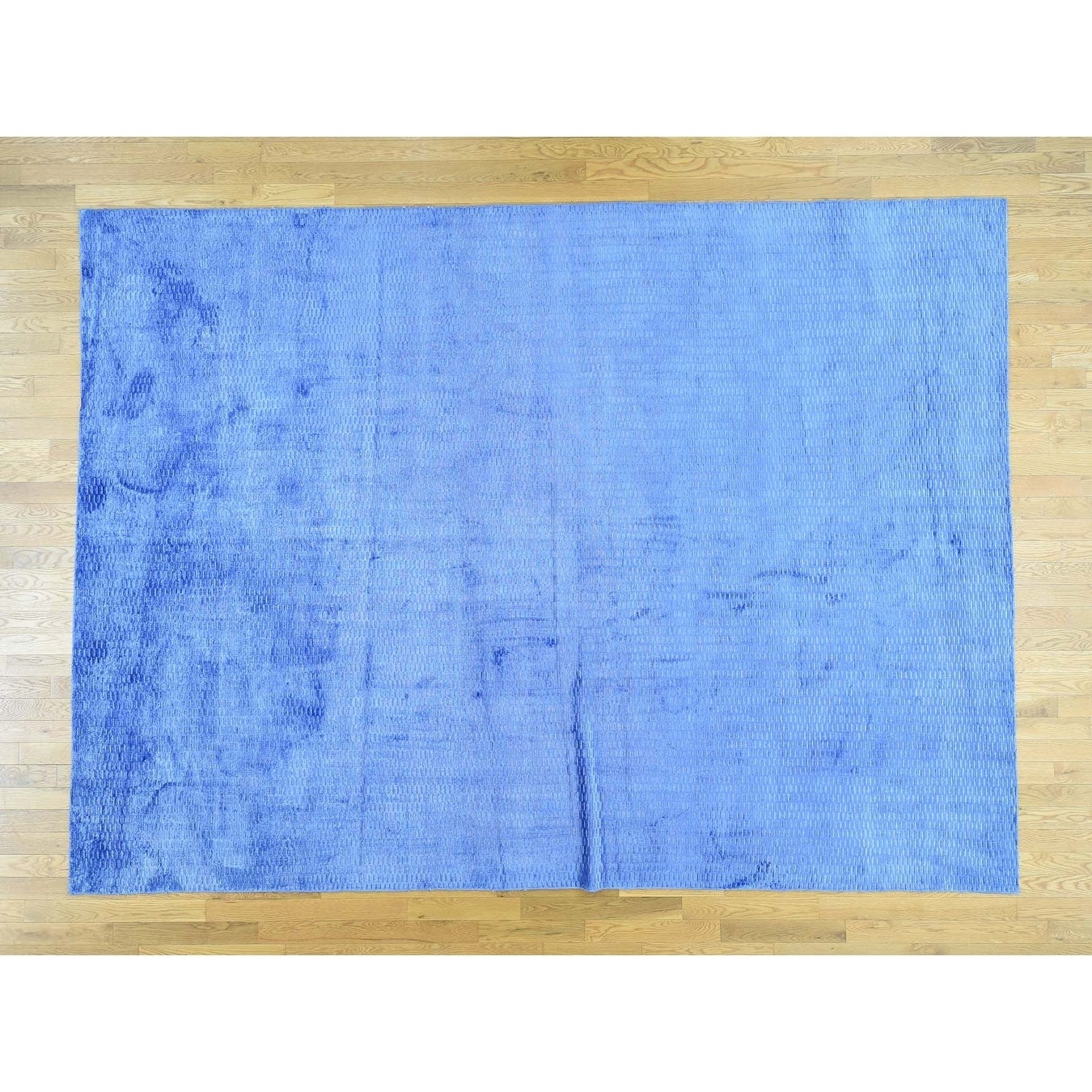 Hand Knotted Blue Modern & Contemporary with Art Silk Oriental Rug - 88 x 118