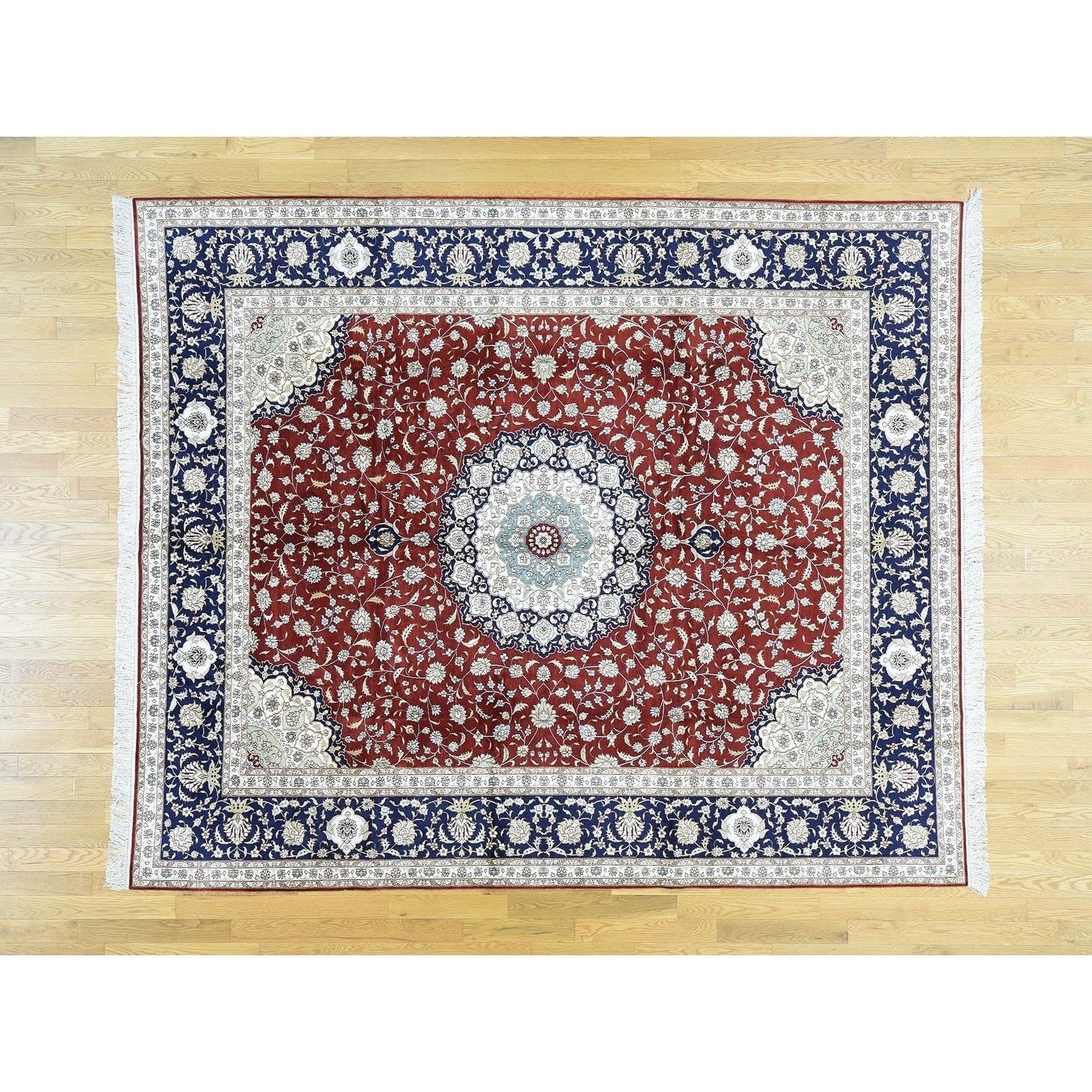 Hand Knotted Red Fine Oriental with Silk Oriental Rug - 81 x 10