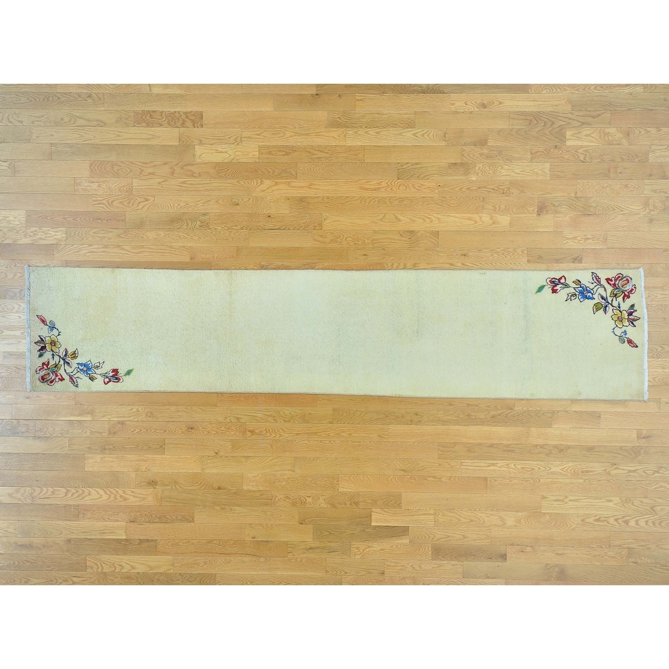 Hand Knotted Ivory Persian with Wool Oriental Rug
