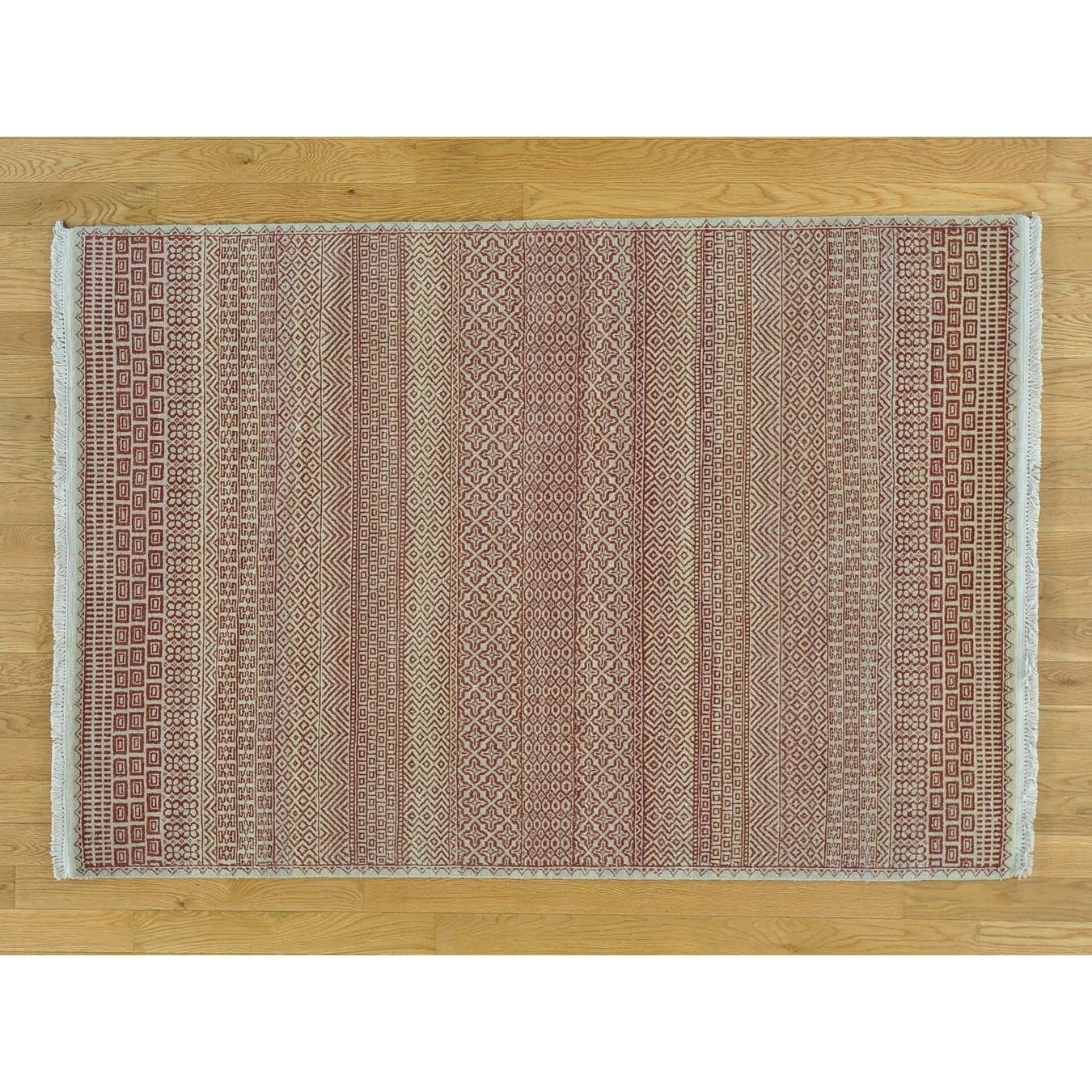 Hand Knotted Beige Modern & Contemporary with Wool Oriental Rug - 42 x 6
