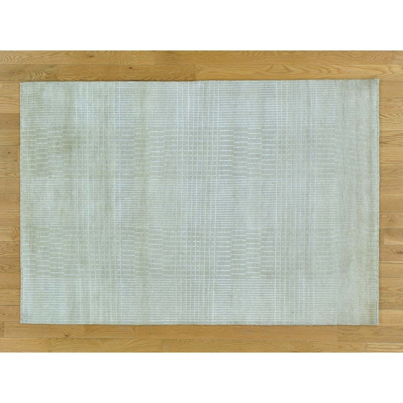 Hand Knotted Beige Clearance with Wool & Silk Oriental Rug - 41 x 6