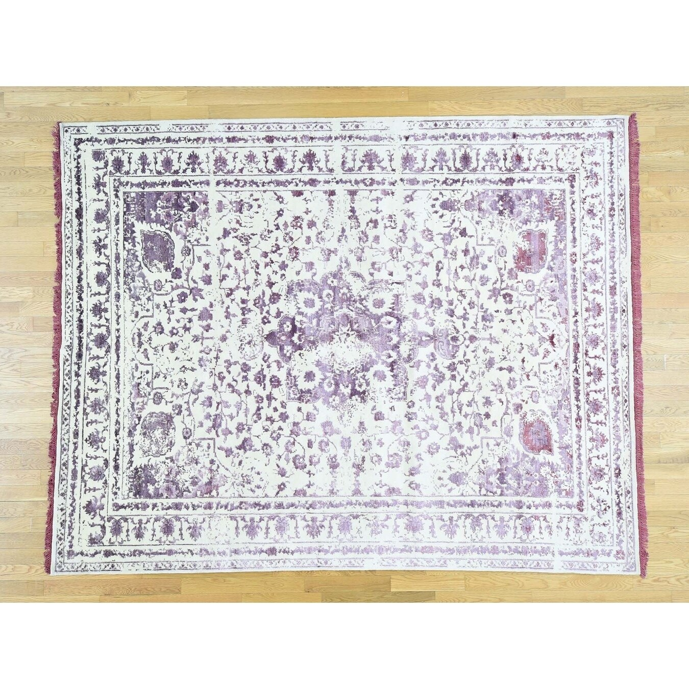 Hand Knotted Purple Modern & Contemporary with Wool & Silk Oriental Rug - 92 x 121