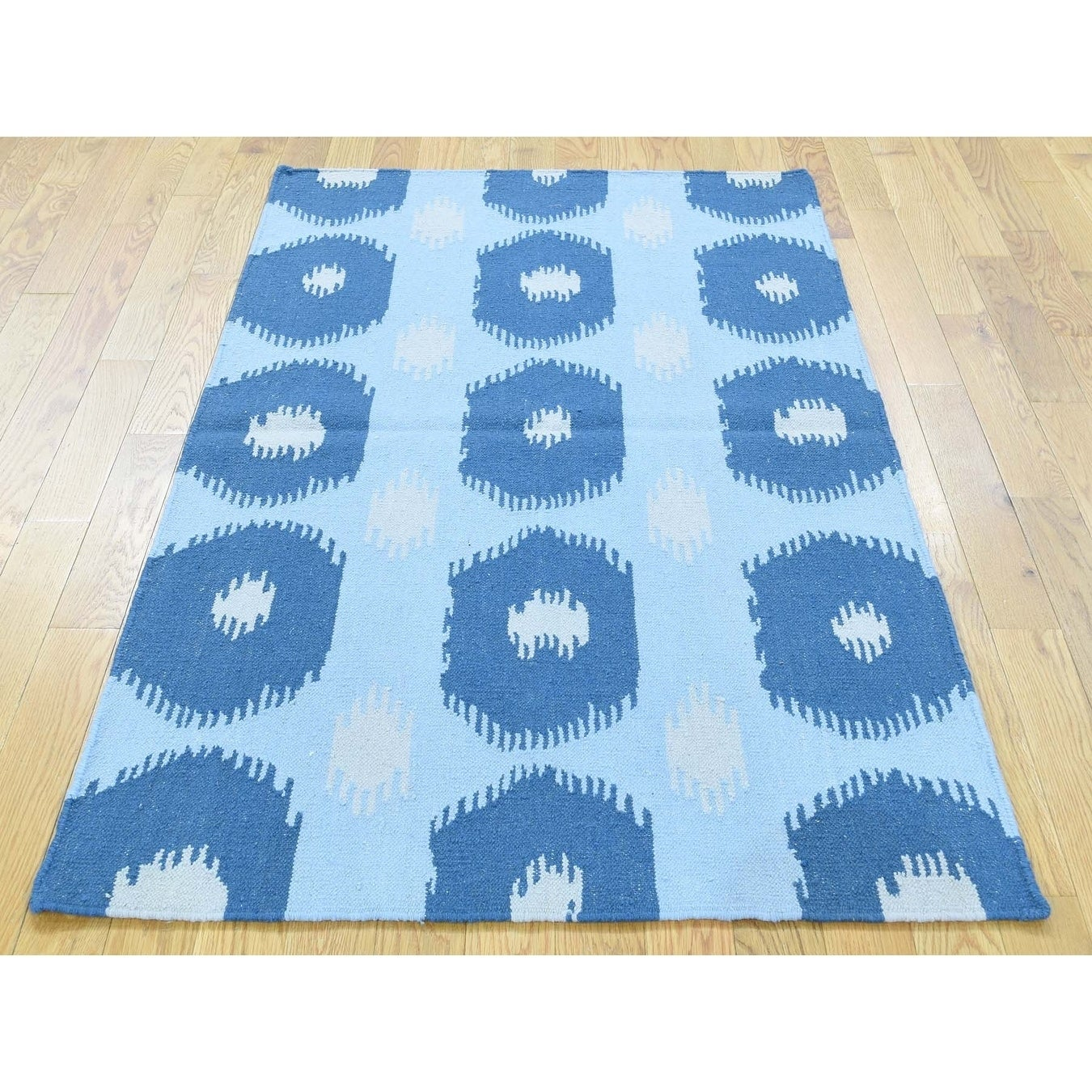 Hand Knotted Blue Flat Weave with Wool Oriental Rug - 31 x 52