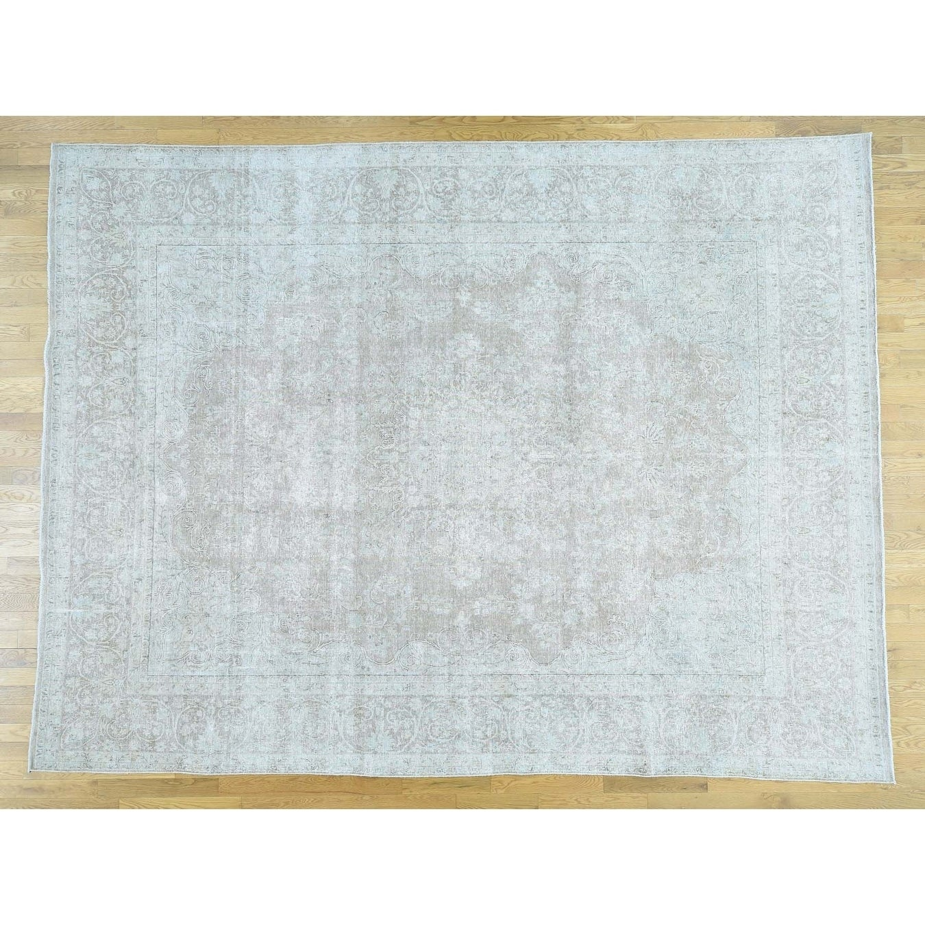 Hand Knotted Grey White Wash Vintage & Silver Wash with Wool Oriental Rug - 99 x 126