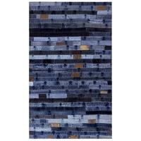 "Blue Jeans Repurposed Denim 30x50"" Rug - 2'6"" x 3'"