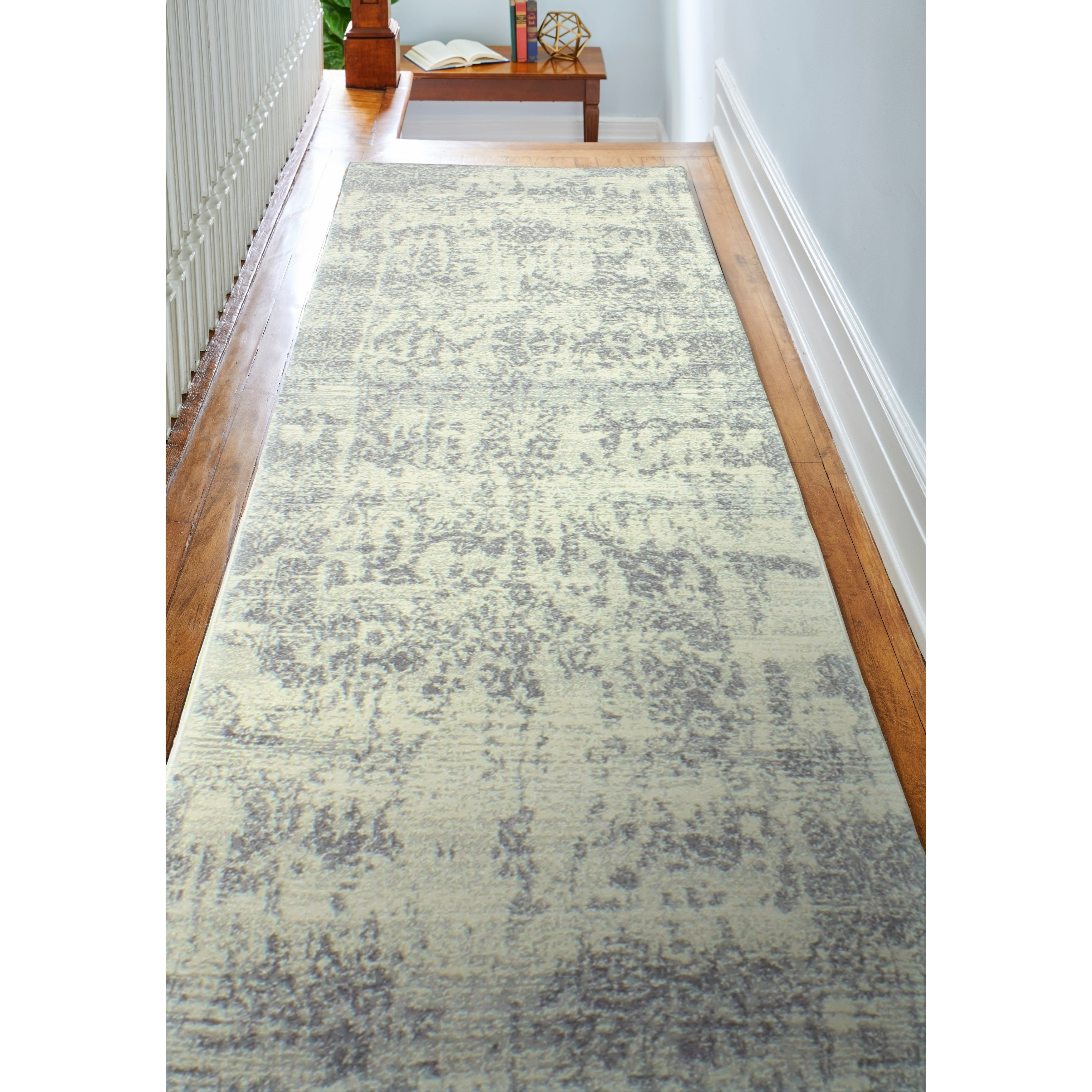 Aurora Ivory/Silver Transitional  Area Rug - 26 x 8 Runner (Ivory/Silver - 26 x 8 Runner)