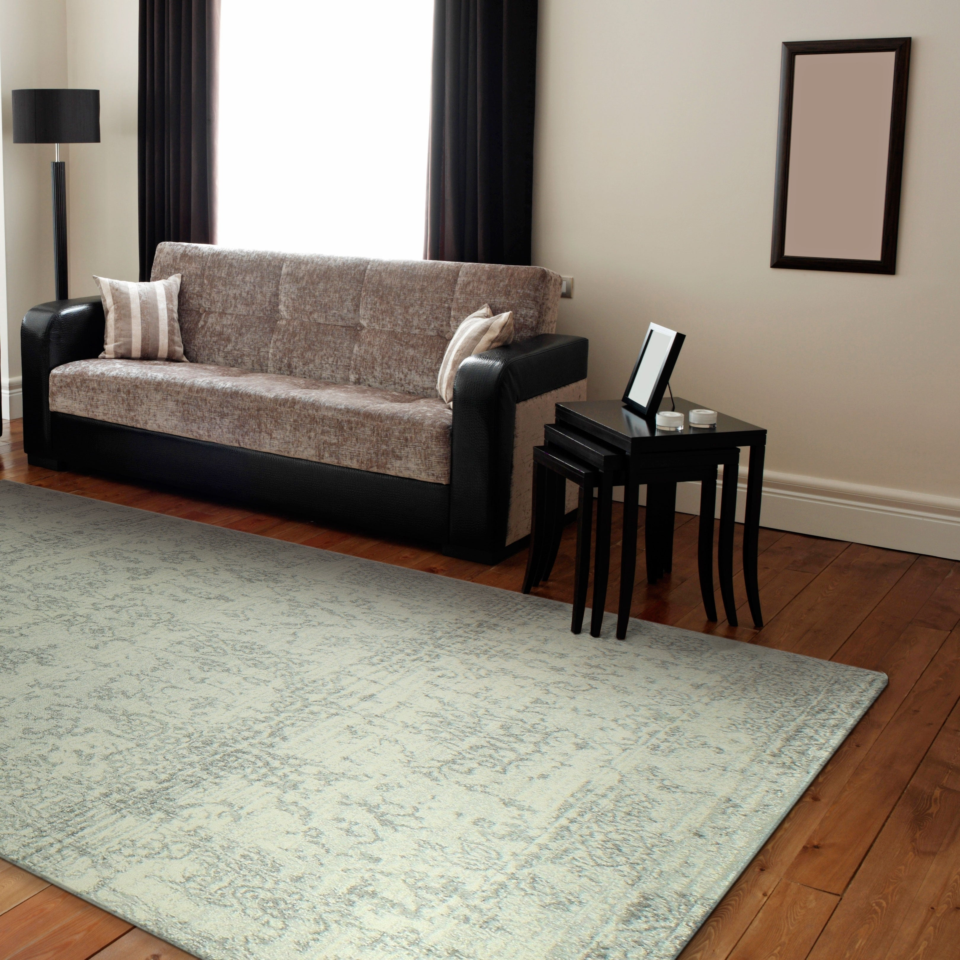Aurora Ivory/Silver Transitional  Area Rug - 5 x 76 (5 x 76 - Ivory/Silver)