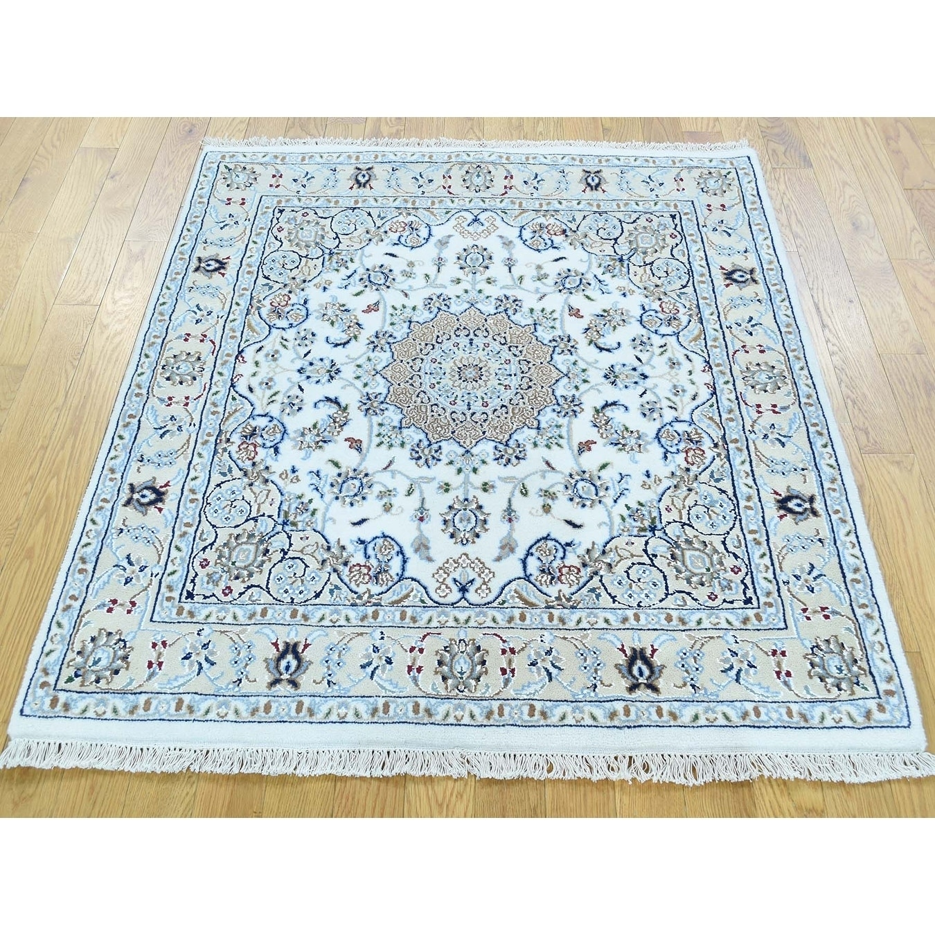 Hand Knotted Ivory Fine Oriental with Wool & Silk Oriental Rug - 4 x 41