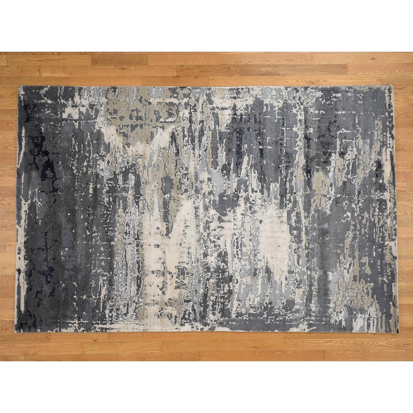 Hand Knotted Grey Modern & Contemporary with Wool & Silk Oriental Rug - 63 x 9