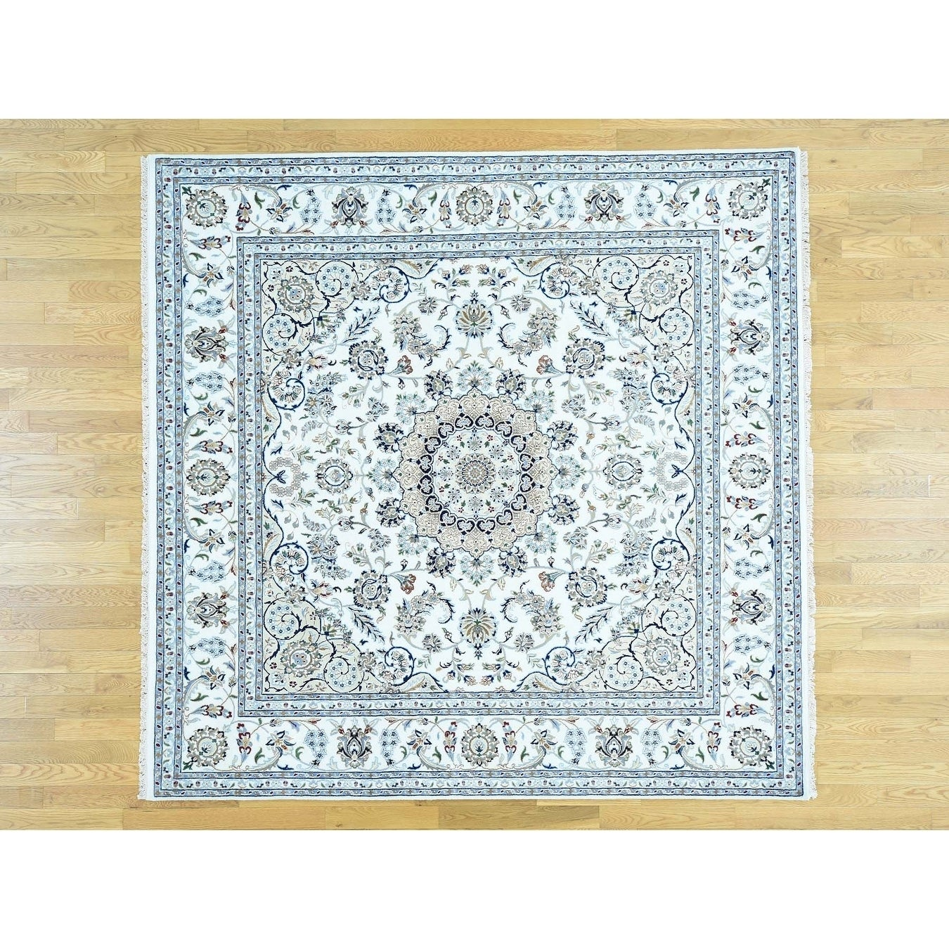 Hand Knotted Ivory Fine Oriental with Wool & Silk Oriental Rug - 89 x 9