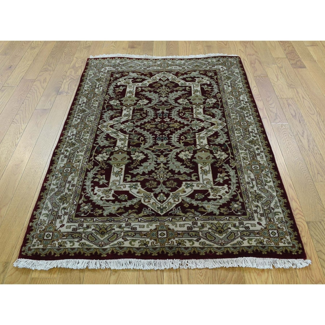 Hand Knotted Beige Persian with New Zealand Wool Oriental Rug - 31 x 5