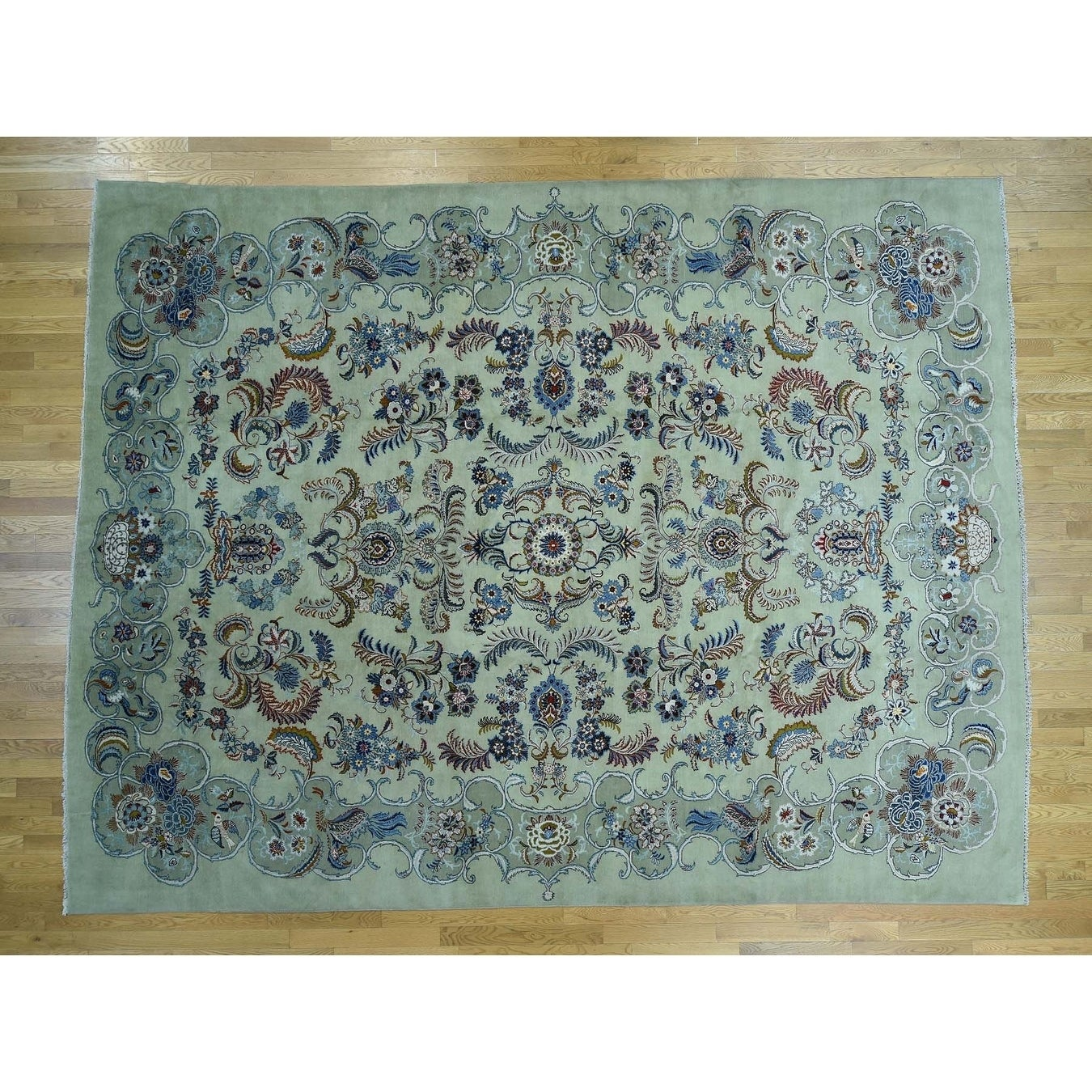 Hand Knotted Green Persian with Wool Oriental Rug - 107 x 139