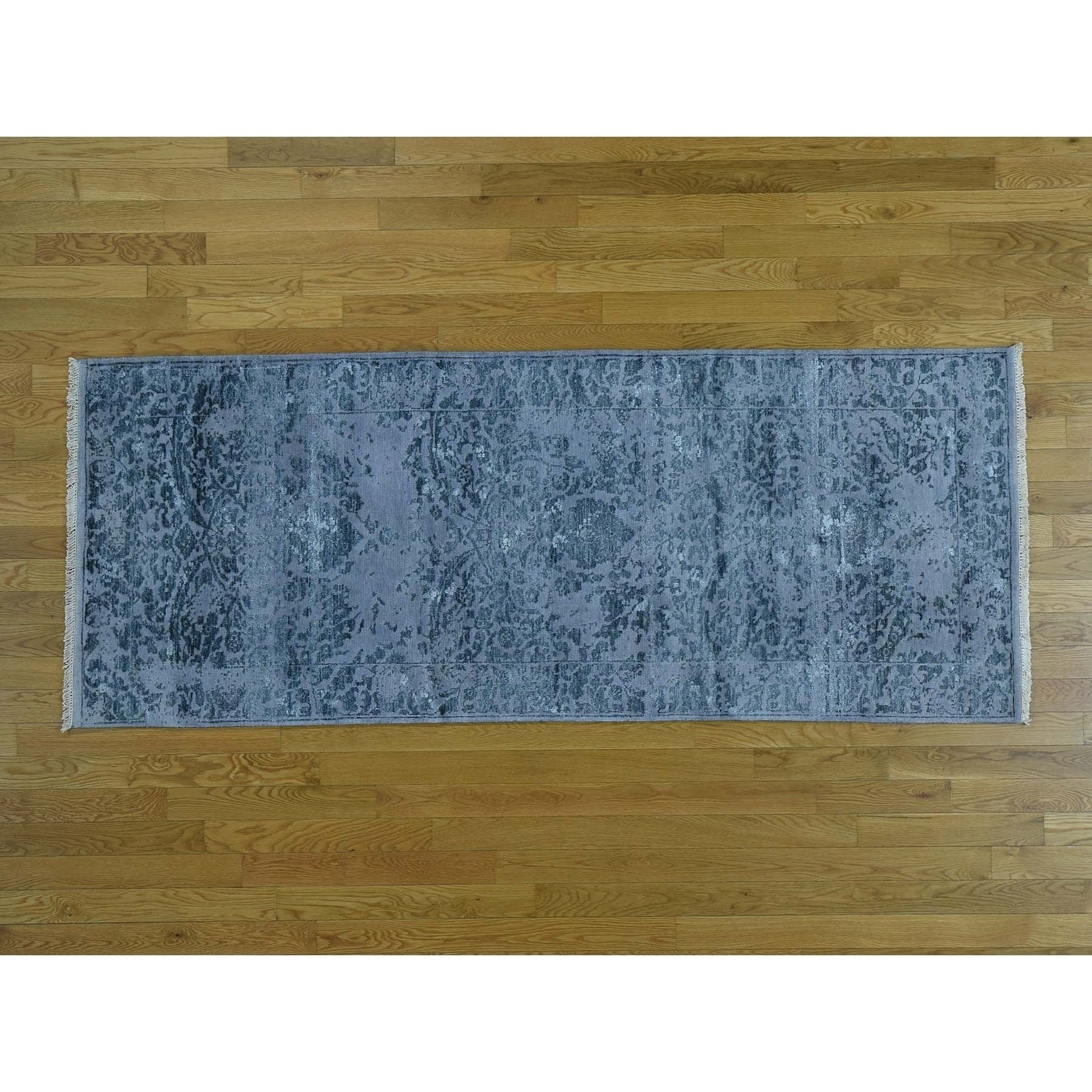 Hand Knotted Grey Modern & Contemporary with Wool & Silk Oriental Rug - 31 x 79